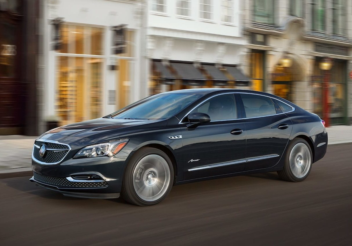 buick-2019-lacrosse-avenir-mov-smooth-performance-19BULA00103